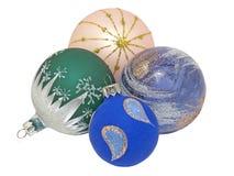De kleurrijke ballen van Kerstmis. Geïsoleerdl. Royalty-vrije Stock Afbeeldingen