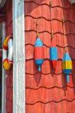 De kleurrijke Boeien van de Zeekreeft van Maine Royalty-vrije Stock Fotografie