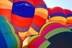 De kleurrijke Cluster van de Ballon royalty-vrije stock afbeelding