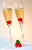 De kleurrijke Cocktails van Champagne stock afbeeldingen