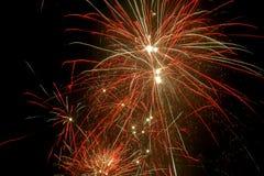 De kleurrijke Explosies van het Vuurwerk Stock Fotografie