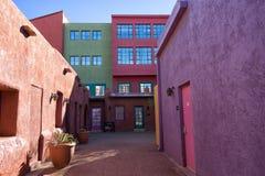 De kleurrijke flats Tucson Arizona van La Placita stock afbeeldingen