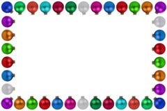 De kleurrijke geïsoleerde decoratie van het de snuisterijenkader van Kerstmisballen Stock Fotografie