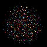 De kleurrijke heldere de cirkelconfetti van regenboogkleuren maakt document rond dat op zwarte achtergrond wordt geïsoleerd Royalty-vrije Stock Fotografie