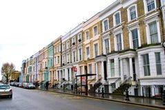 De kleurrijke huizen van de Nottingsheuvel, Londen Royalty-vrije Stock Foto's