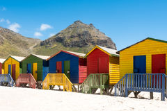 De kleurrijke Hutten van het Strand Stock Fotografie