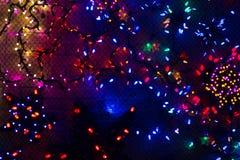 De kleurrijke Kerstmislichten, kunnen als achtergrond gebruiken Royalty-vrije Stock Foto