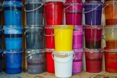 De kleurrijke op een rij gestapelde flessen van de inktverf Royalty-vrije Stock Fotografie