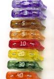 De kleurrijke Opstelling van Zekeringen Stock Fotografie