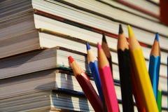 De kleurrijke potloden, sluiten omhoog Stock Fotografie
