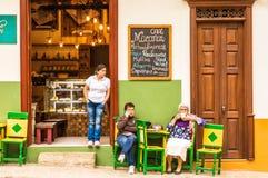 De kleurrijke schilderachtige stad van Jardin in Colombia royalty-vrije stock afbeeldingen