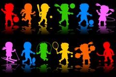 De kleurrijke Silhouetten van Jonge geitjes [1] Stock Afbeelding