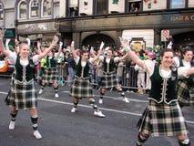 De Kleurrijke Toeschouwers van de Dag van Patricks Royalty-vrije Stock Foto's