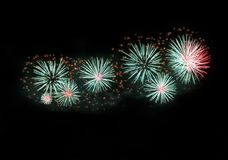 De kleurrijke verschillende explosie van het kleurenvuurwerk op donkere hemelachtergrond, het vuurwerkfestival van Malta, 4 van J Royalty-vrije Stock Fotografie