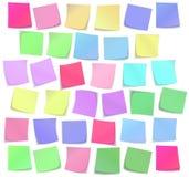 De kleverige geplaatste nota's van de kleur vector illustratie