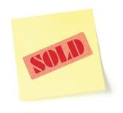 De kleverige nota die op punt wijst wordt verkocht royalty-vrije stock foto's