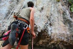 De klimmers van de rots Stock Foto's