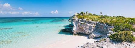 De klippen en het strandpanorama van het vuurtorenpunt Royalty-vrije Stock Fotografie