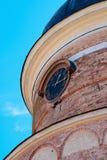 De klok op de oude toren Stock Foto's