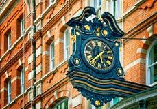 De Klok van de straat, Londen. Royalty-vrije Stock Afbeelding