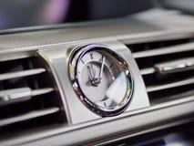 De klok van het autodashboard Stock Afbeeldingen