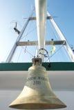 De klok van het schip van Strijder III van de Regenboog van Greenpeace Stock Afbeeldingen