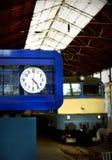 De klok van het station Stock Afbeeldingen