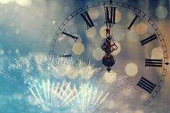 De klok van twaalf o ` - nieuwe jaar` s vooravond Stock Foto