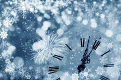 De klok van twaalf o ` - nieuwe jaar` s vooravond Stock Afbeeldingen
