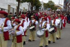 De kloka männen ståtar i Carmona 01 Arkivbild