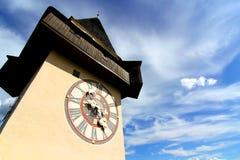De Klokketoren in Graz stock afbeeldingen