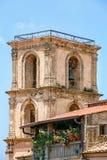 De klokketoren in stad Vibo Valentia, Italië Stock Afbeeldingen