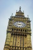 De Klokketoren van Big Ben in Londen Het beroemde pictogram van Londen, Royalty-vrije Stock Afbeeldingen