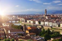 De klokketoren van het Oude Paleis Palazzo Vecchio in Signoria-Vierkant, Florence Italy royalty-vrije stock afbeeldingen