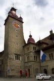 De klokketoren van luzerne in oude stadsstad, Zwitserland Stock Foto