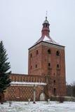 De klokketoren van Mazuryostroda in Polen Stock Foto's