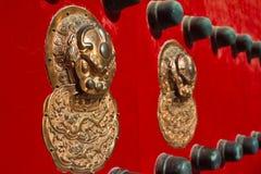 De kloppers van de leeuwdeur royalty-vrije stock afbeelding