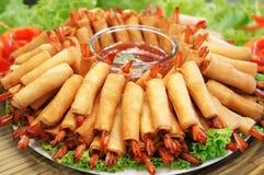 De knapperige Chinese Traditionele Lente rolt voedsel Royalty-vrije Stock Afbeeldingen