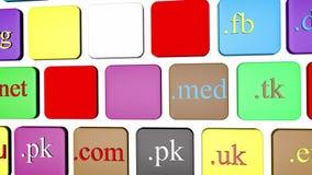 De knoopsleutel van het computertoetsenbord met kleurrijke websitedomeinnamen