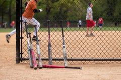 De knuppels en de spelers van het honkbal. Stock Foto