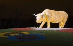 De koe van Ventspilskerstmis royalty-vrije stock afbeelding