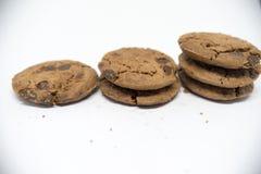 De koekjes van de chocolade op een witte achtergrond Royalty-vrije Stock Fotografie