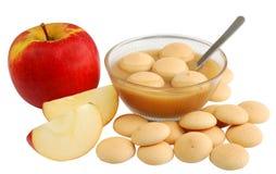 De koekjes van de appel en van de spons royalty-vrije stock afbeeldingen
