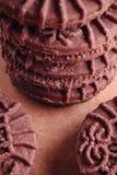 De Koekjes van de chocoladesandwich met Chocolade binnen Room Royalty-vrije Stock Foto's