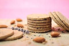 De koekjes van de haver met amandelen Stock Foto's