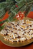 De Koekjes van de Peperkoek van Kerstmis royalty-vrije stock foto's