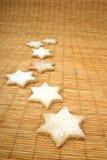 De koekjes van de ster op deurmat Royalty-vrije Stock Afbeeldingen
