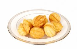 De koekjes van noten op de plaat. Stock Afbeelding