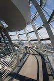 De Koepel van het glas van Reichstag Stock Afbeeldingen