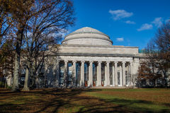 De Koepel van Massachusetts Institute of Technology MIT - Cambridge, Massachusetts, de V.S. stock afbeeldingen